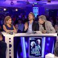Léa Salamé, gênée par la drague lourdingue de Jean-Pierre Mocky -  On n'est pas couché  sur France 2, samedi 2 mai 2015.