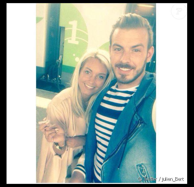 Aurélie Dotremont et Julien Bert ont fêté leur 10 mois d'amour. Photo prise en mai 2015.