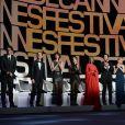Joel & Ethan Coen, Sophie Marceau, Xavier Dolan, Jake Gyllenhaal, Sienna Miller, Rokia Traoré, Rossy de Palma et Guillermo Del Toro lors de la cérémonie d'ouverture du 68e Festival du film de Cannes le 13 mai 2013.