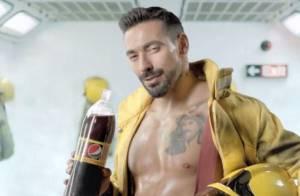 Ezequiel Lavezzi : Pompier sexy et torse nu, la star du PSG a très chaud...
