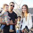 L'artiste David Blaine et sa compagne de l'époque, Alizee Guinochet avec leur fille Dessa à New York le 5 octobre 2012