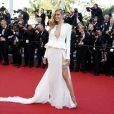 """Petra Nemcova - Montée des marches du film """"Youth"""" lors du 68e Festival de Cannes, le 20 mai 2015."""