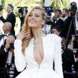 """""""Petra Nemcova - Montée des marches du film """"Youth"""" lors du 68e Festival de Cannes, le 20 mai 2015."""""""