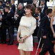 """Emma de Caunes - Montée des marches du film """"Youth"""" lors du 68e Festival de Cannes, le 20 mai 2015."""