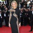 """""""Anja Rubik - Montée des marches du film """"Youth"""" lors du 68e Festival de Cannes, le 20 mai 2015."""""""