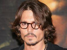 Johnny Depp hisse la voile pour un 4ème Pirates des Caraibes !
