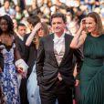 """Carole Bouquet et son compagnon Philippe Sereys de Rothschild - Montée des marches du film """"The Little Prince"""" (Le Petit Prince) lors du 68e Festival International du Film de Cannes, le 22 mai 2015."""