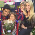 Luis Suarez en famille pour fêter le titre du Barça le 23 mai 2015 au Camp Nou.