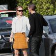 Kate Bosworth se promène dans les rues de Melrose avec son mari Michael Polish à Los Angeles, le 17 décembre 2014