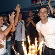 Le joueur de football, Thiago Motta fête son anniversaire au Queen à Paris le 28 août 2012.