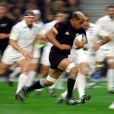 Jerry Collins lors d'un test-match de la Nouvelle-Zélande contre la France au Stade de France en novembre 2006. Le rugbyman néo-zélandais est mort à 34 ans dans un accident de voiture qui a également coûté la vie à son épouse, le 5 juin 2015.