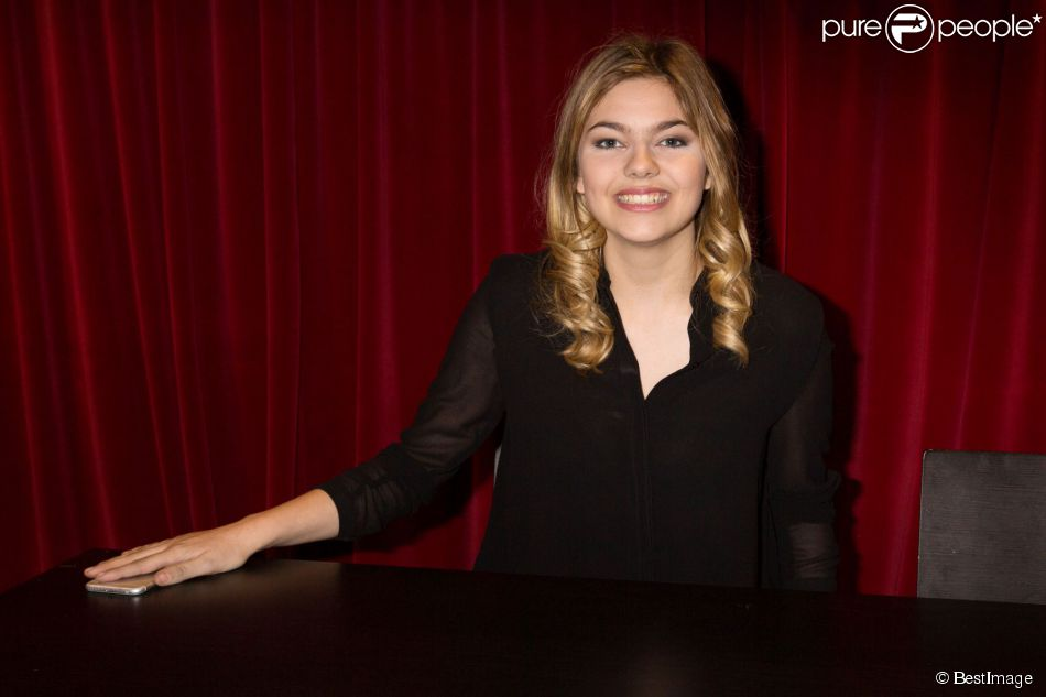 Exclusif la chanteuse louane emera fait la promotion de for Louane emera chambre 12