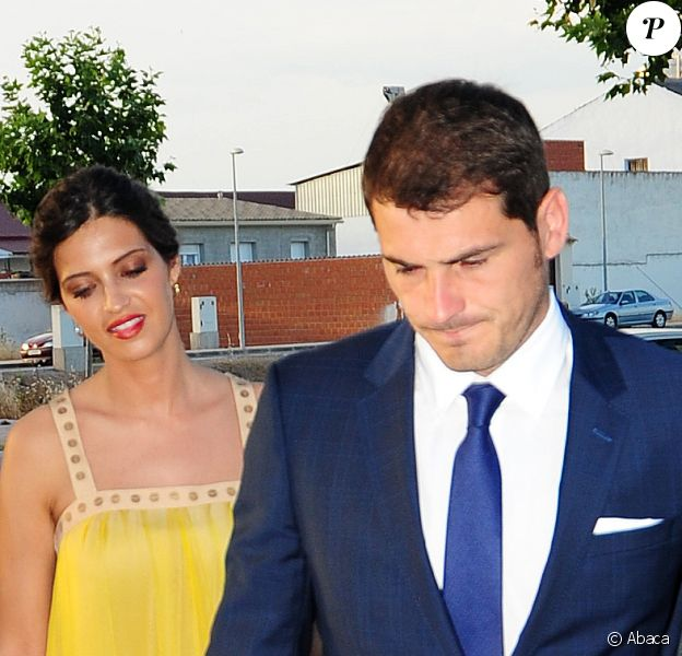 Iker Casillas et sa compagne Sara Carbonero à Tolède, le 6 juin 2015. Le footballeur et la journaliste sportive assistaient au mariage de la cousine de cette dernière.