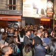 Exclusif - Bain de foule pour Kev Adams lors de l'aftershow du film  Les Profs 2  au Comedy Club à Paris, le 9 juin 2015.