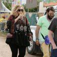 Adele et son compagnon Simon Konecki lors du Glastonbury Festival, le 27 juin 2015