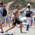 Exclusif - Benjamin Machet ( Les Anges 6 ), Shanna et Barbara ( Les Anges 7 ) sur le tournage de l'émission  Les Vacances des Anges  sur la plage à Formentera, le 17 juin 2015.