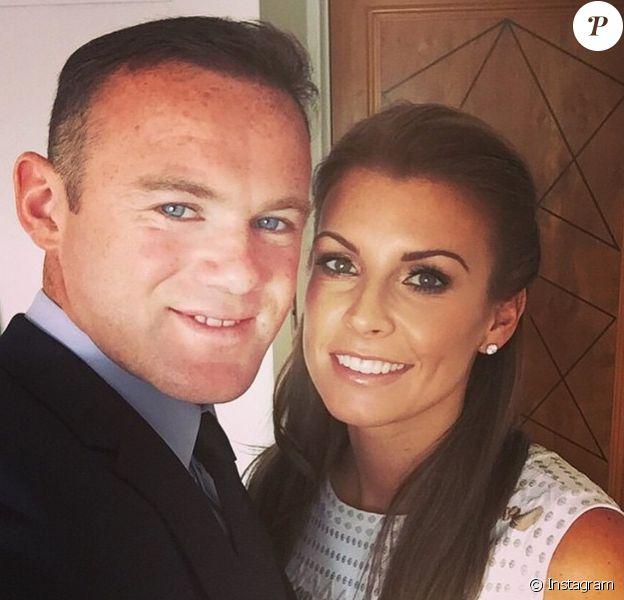Wayne et Coleen Rooney avant leur départ en vacances aux Bahamas en juin 2015. Le couple a annoncé le 8 juillet attendre son troisième enfant.
