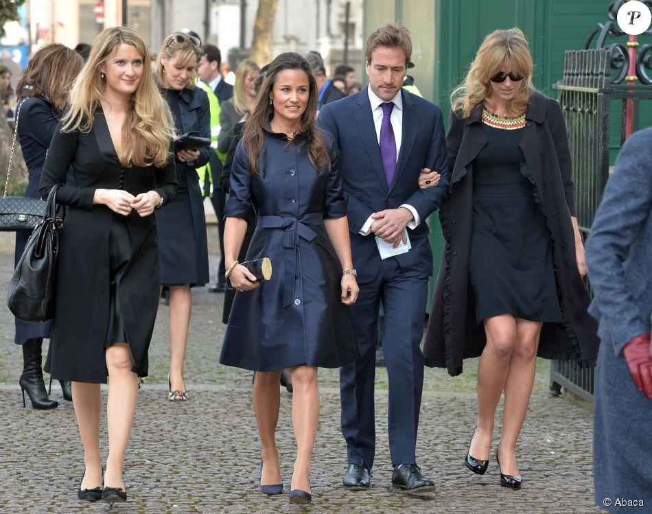 Pippa Middleton et Ben Fogle lors de la messe en hommage à Sir David Frost en l'Abbaye de Westminster à Londres, le 13 mars 2014.