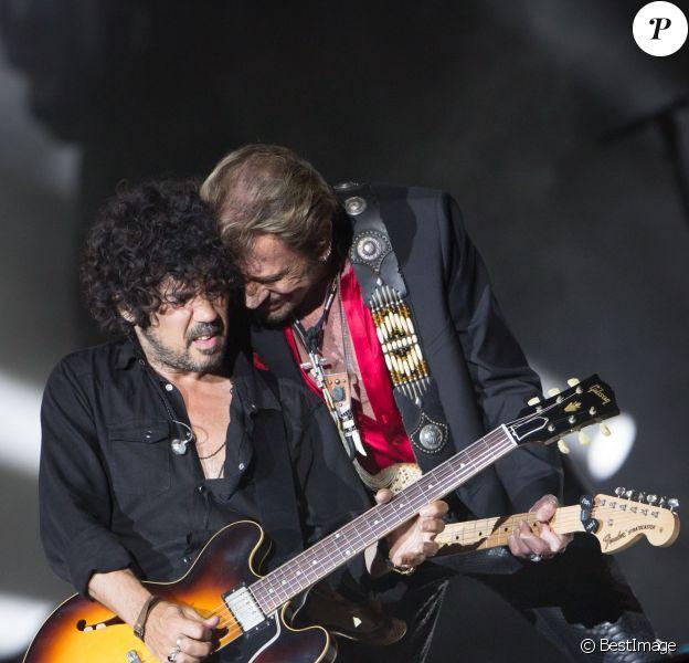 Exclusif - Yarol Poupaud - Johnny Hallyday en concert dans les Arènes de Nîmes - Jour 2 - Le 3 juillet 2015.