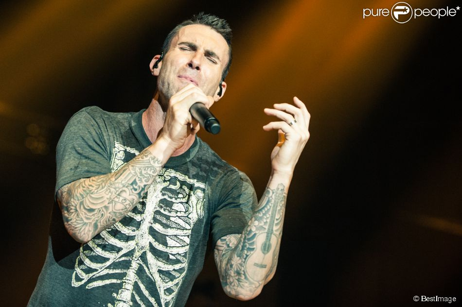 Le groupe Maroon 5 en concert à Londres, le 26 mai 2015.