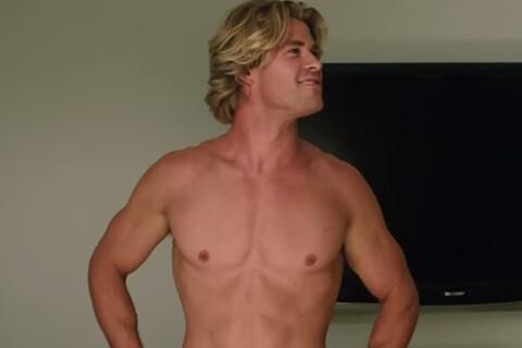 """Chris Hemsworth : Son truc pour avoir un sexe colossal dans """"Vive les vacances"""""""
