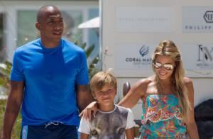 Sylvie Van der Vaart : Maman radieuse avec son nouveau chéri et son fils à Ibiza