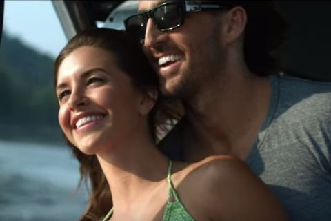 Jake Owen : Le chanteur divorce, sans surprise, de sa bombe Lacey Buchanan...
