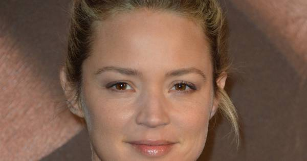 virginie efira avant premi re du film situation amoureuse c 39 est compliqu de manu payet et. Black Bedroom Furniture Sets. Home Design Ideas