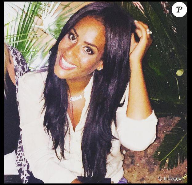 Amel Bent : selfie de la jeune mariée !