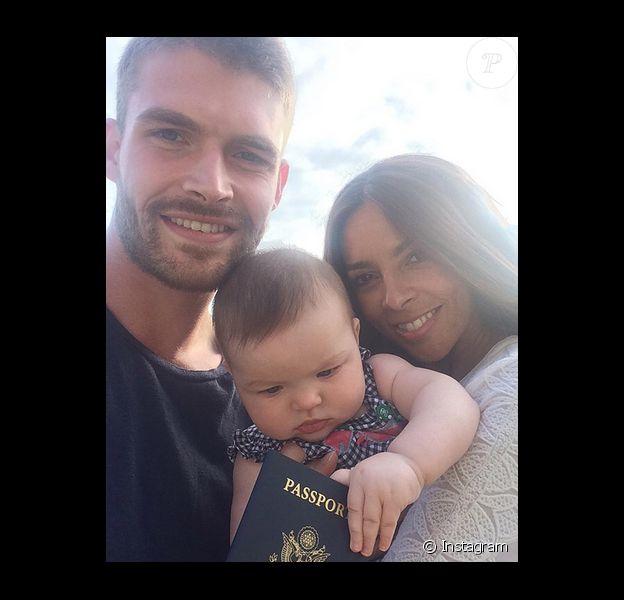 Terri Seymour a ajouté une photo avec son amoureux Clark Mallon et leur fille Coco sur sa page Instagram.