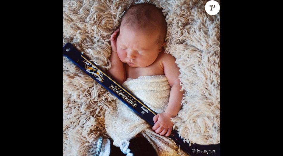 Carrie Underwood a posté une photo de son fils sur son compte Instagram.