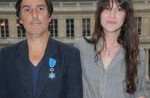 Yvan Attal voit Charlotte Gainsbourg