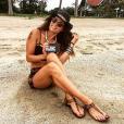 Capucine Anav prend la pose en Thailande