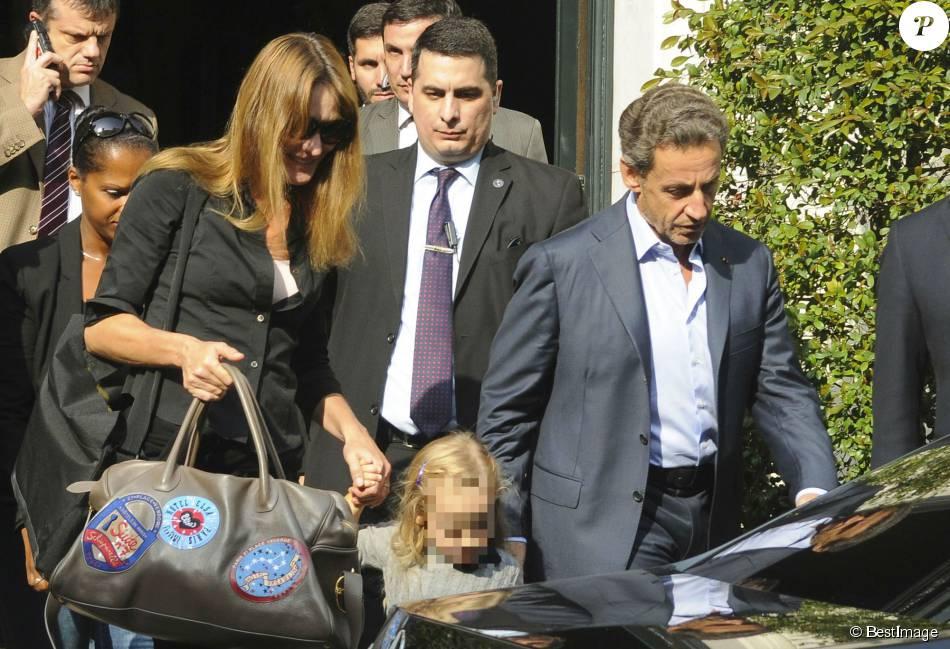 Nicolas Sarkozy Sa Femme Carla Bruni Sarkozy Et Leur Fille Giulia Sarkozy Quittent L Hotel Four Seasons A Buenos Aires En Argentine Le 30 Aout 2015 Pour Un Re Purepeople