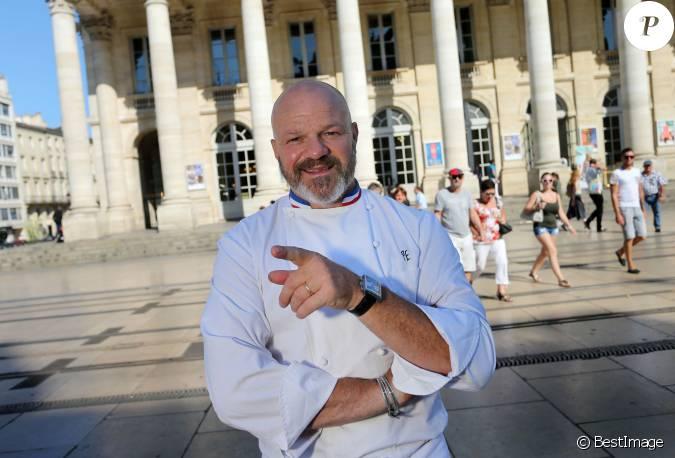 Exclusif philippe etchebest pose devant son restaurant - Restaurant enfant bordeaux ...