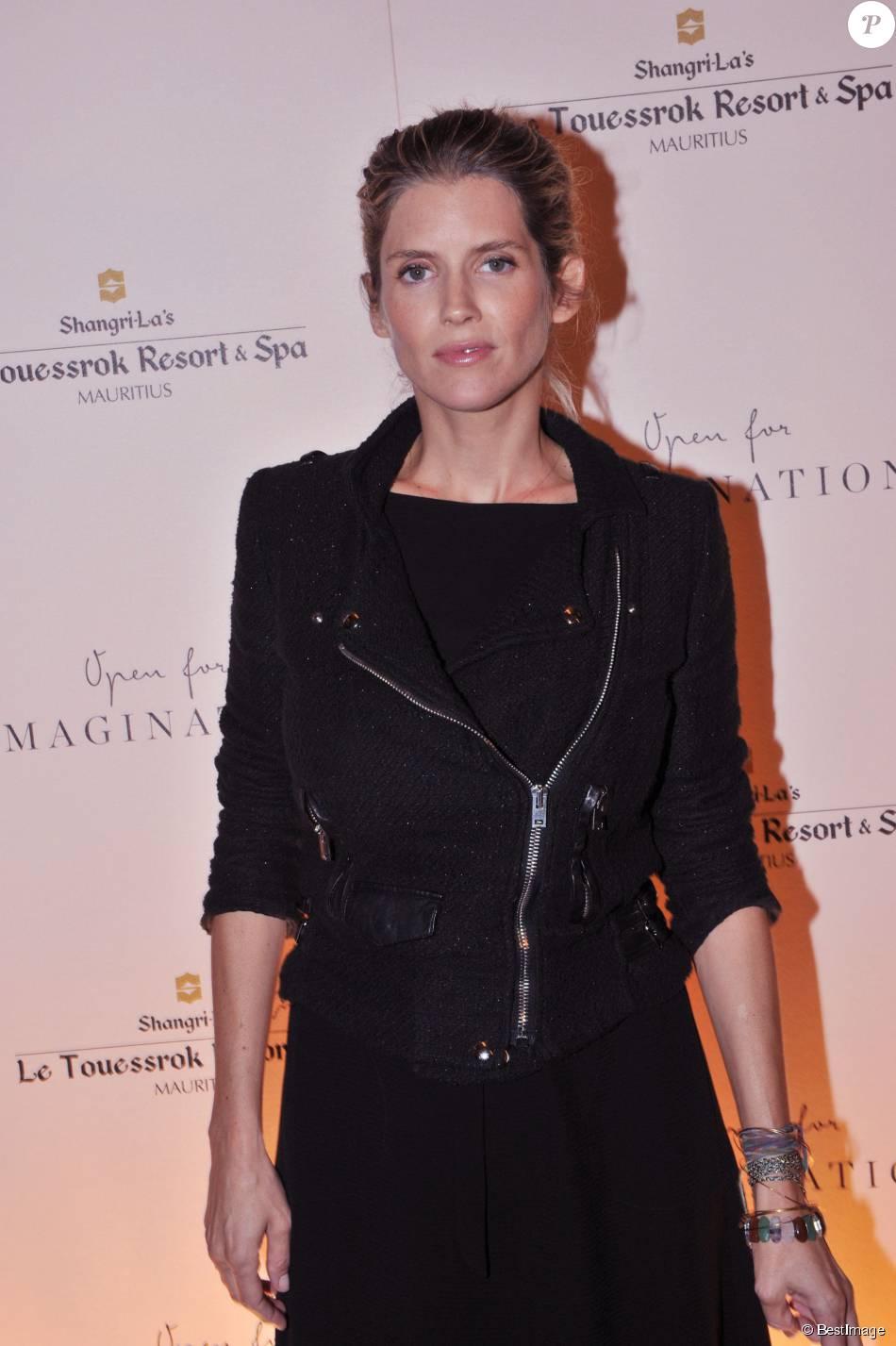 Alice Taglioni enceinte - Soirée à l'hôtel Shangri-La de Paris pour présenter la réouverture prochaine (le 1er novembre 2015) de l'hôtel Shangri-La's Le Touessrok Resort & Spa à l'île Maurice, le 22 septembre 2015.