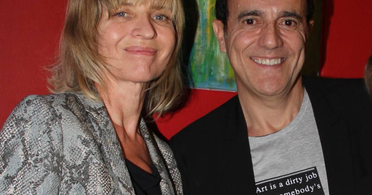 Exclusif thierry beccaro avec sa femme emmanuelle vernissage de l 39 exposition de thierry - Thierry beccaro emmanuelle beccaro lannes ...