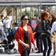 Demi Lovato se promène à Paris, le 6 septembre 2015.