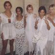 Suki Waterhouse, les actrices Zoë Kravitz, Julia Garner, Riley Keough, Sophia Kennedy Clark, Nicola Peltz et Bella Heathcote défilent pour Balenciaga (collection printemps-été 2016). Paris, le 2 octobre 2015.