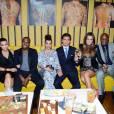 Kris Jenner, Kim Kardashian, Kanye West, Kourtney Kardashian, Scott Disick, Khloe Kardashian, Lamar Odom et Robert Kardashian à l'ouverture du restaurant RYU à New York, le 23 avril 2012