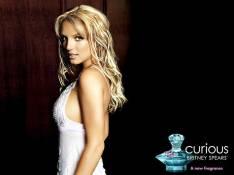 EXCLU : Britney Spears vous donne rendez-vous chez... Carrefour !