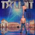 David et Maël, dans  Incroyable Talent  saison 10 (épisode 3), le mardi 3 novembre 2015 sur M6.