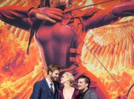 Jennifer Lawrence, une bombe sexy entre Liam Hemsworth et Josh Hutcherson