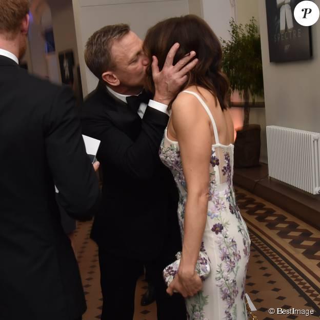 """Daniel Craig et sa femme Rachel Weisz - Première mondiale du nouveau James Bond """"Spectre"""" au Royal Albert Hall à Londres le 26 octobre 2015.  World film Premiere of Spectre Royal Rota at the Royal Albert Hall in London on october 26, 2015.26/10/2015 - Londres"""