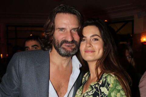 Frédéric Beigbeder et Lara Micheli : Radieux au Flore après la naissance d'Oona