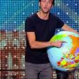 Bruce Fauveau, dans  Incroyable Talent 2015  sur M6 (épisode du mardi 17 novembre 2015).