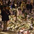 Hommage aux victimes des attentats de Paris une semaine après rue de la Fontaine-au-Roi - Paris le 20 Novembre 2015 - © Lionel Urman / Bestimage