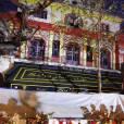 No web - No chaîne TV - Hommage aux victimes des attentats du 13 novembre 2015 devant le Bataclan à Paris, le 23 novembre 2015.