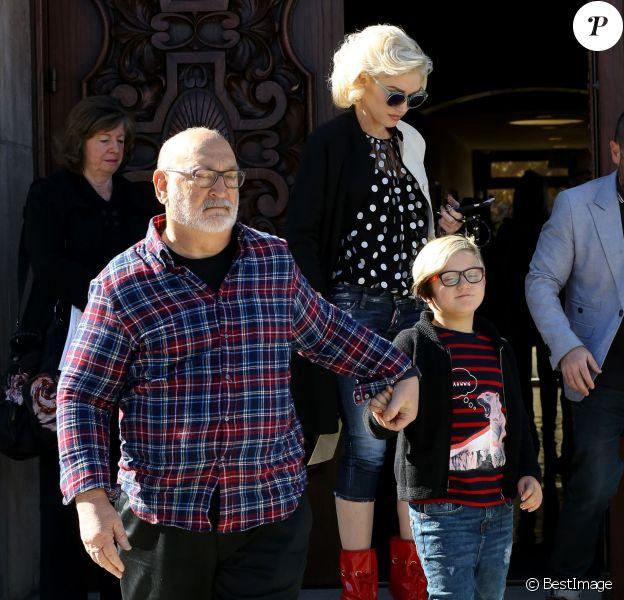 Gwen Stefani, ses parents et ses fils Kingston, Apollo et Zuma Rossdale ont assisté à une messe de Thanksgiving, dans une église de Los Angeles. Le 26 novembre 2015.