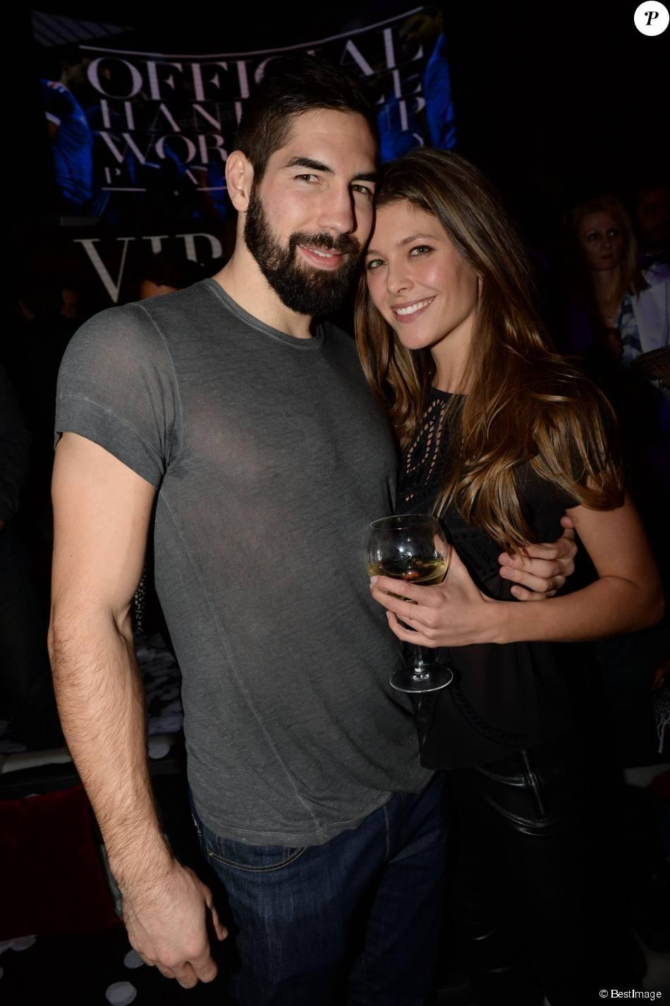 Nikola Karabatic et sa compagne Géraldine Pillet au VIP Room à Paris le 2 février 2015